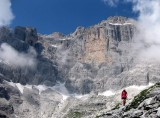Descent from col tuckett, Brenta dolomites