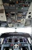 BBJ 737 Cockpit 089