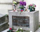 The grave of Jim Morrison (1943-1971)