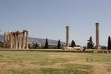 027 Greece Athens Temple of Zeus.jpg