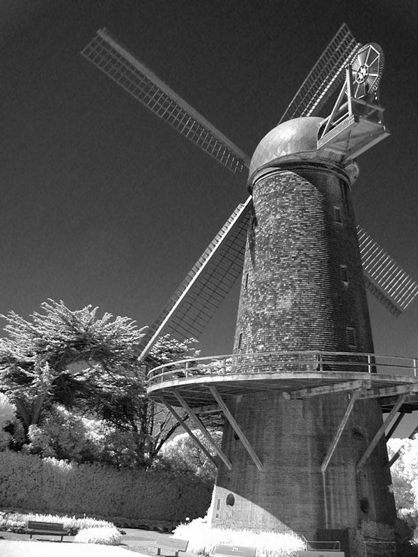 Dutch windmill infrared