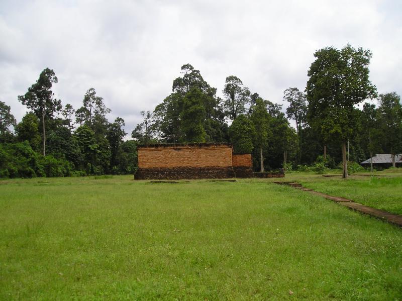 hindu temple (Muara Jambi) Gampung