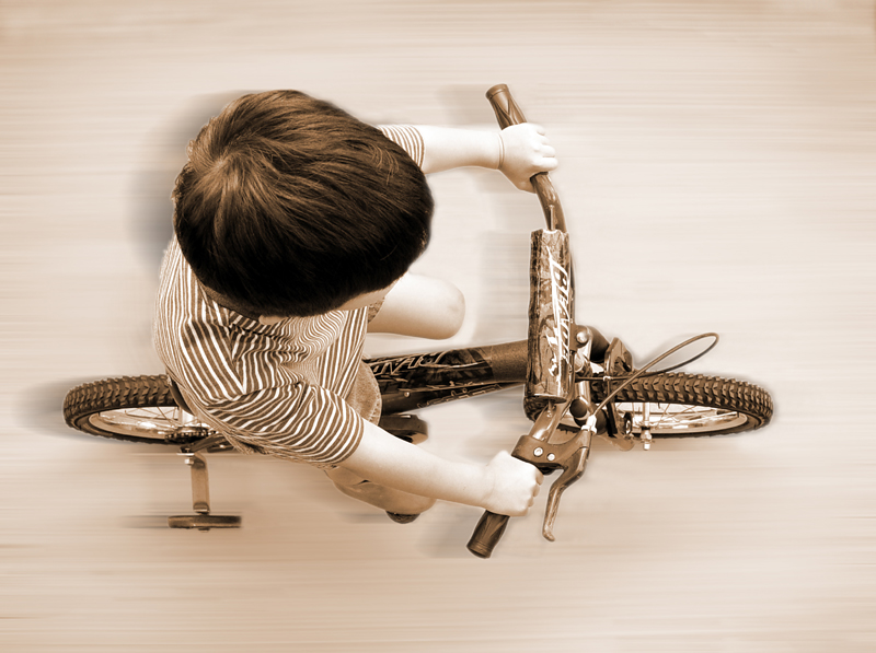 <p align=center>Kid-Powered</b><br><font size=1> by LindyLoo</font></p>