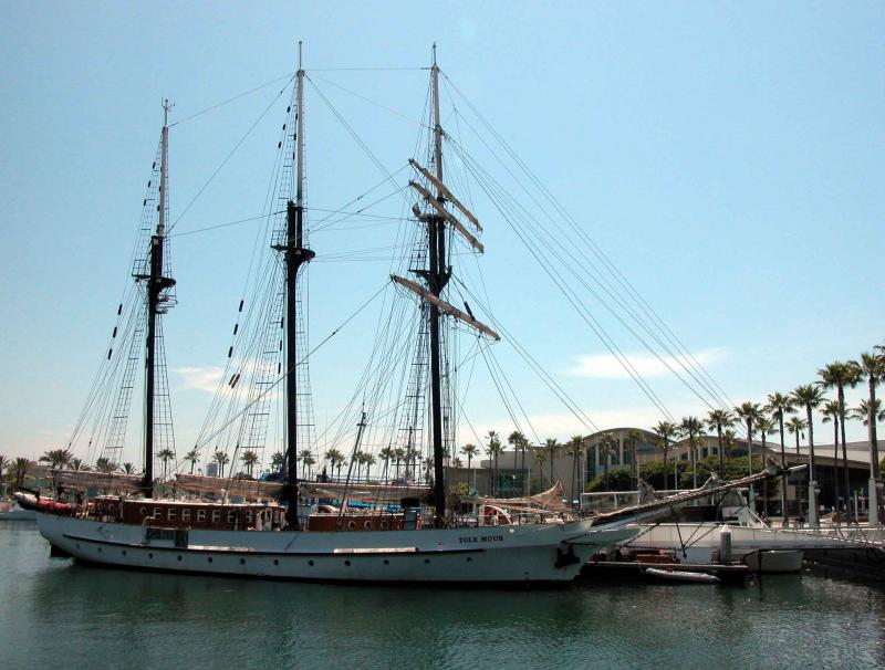 Tall Ship in front of Aquarium of the Pacific