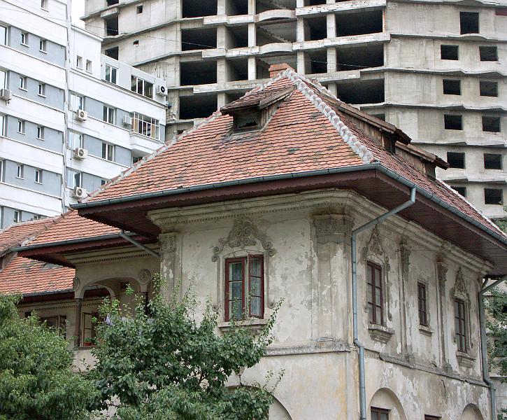 Survivor of old Bucharest