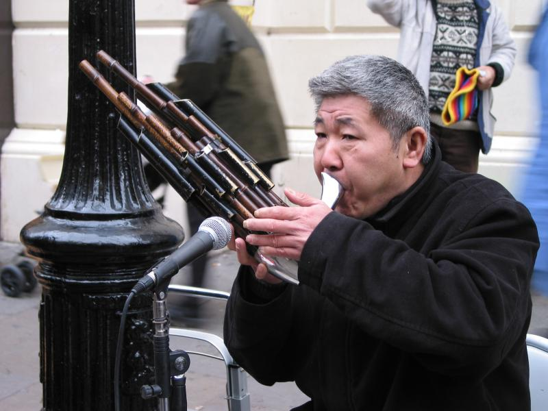 South American flutist in London