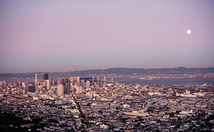 San Francisco<br>1982/12/29<br>kbd0700b.jpg