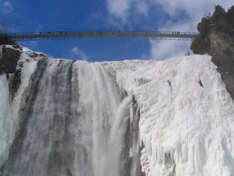 La passerelle de la chute Montmorency