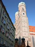 Munich - little and large Frauenkirche