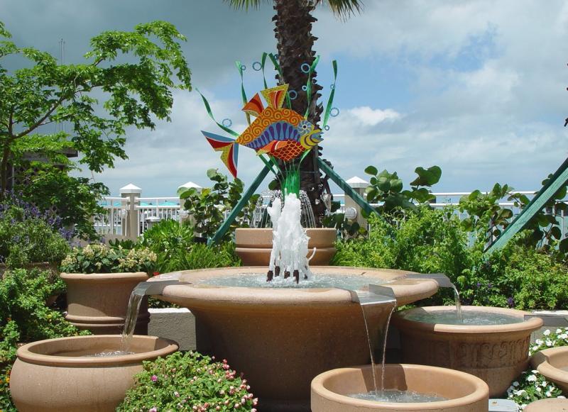 Key West Fountain Art by Larz .jpg