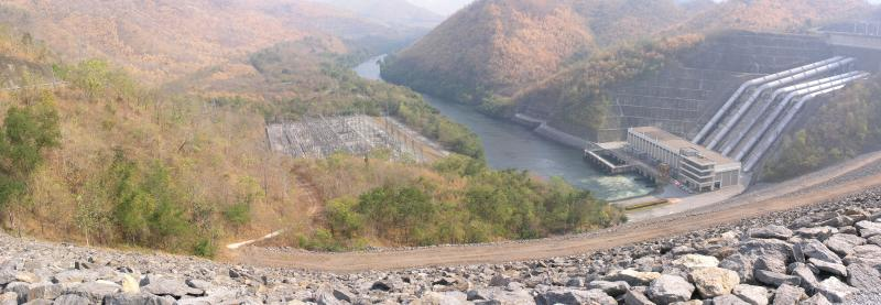 Srinakarin Dam Top 2