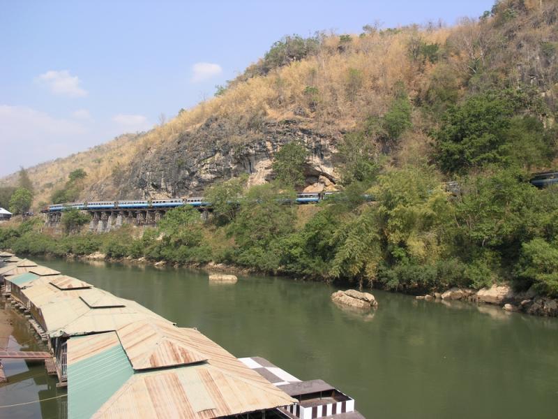 Death Railway Train  on Wampo Viaduct