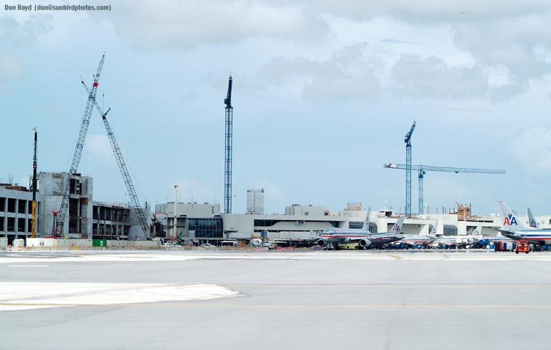 2002 - american airlines new terminal construction at