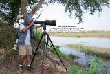 Candaba wetlands: The 300D + Sigma 300-800 DG is my fixed heavy artillery, while the 20D + 400 5.6L is always ready to shoot fliers.