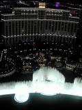 Bellagio fountain show (3)