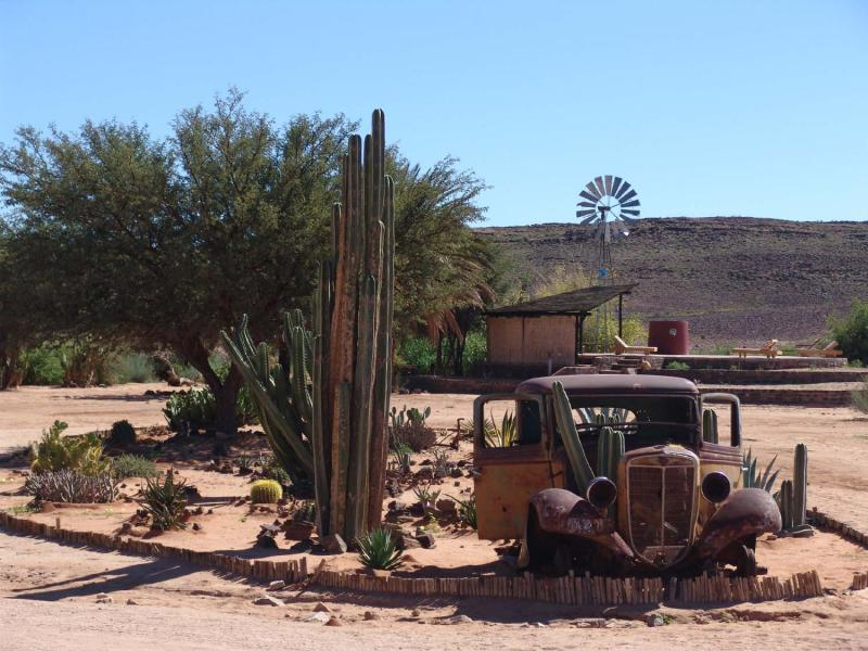 Namibia 1041s.jpg
