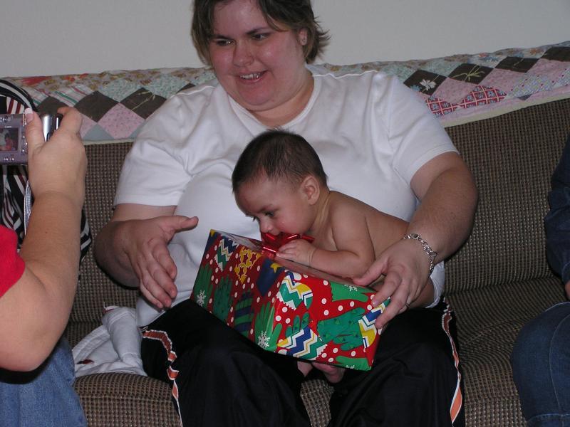 Sam and Kelli AllenChristmas 2004.JPG