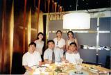 meeting_friends_