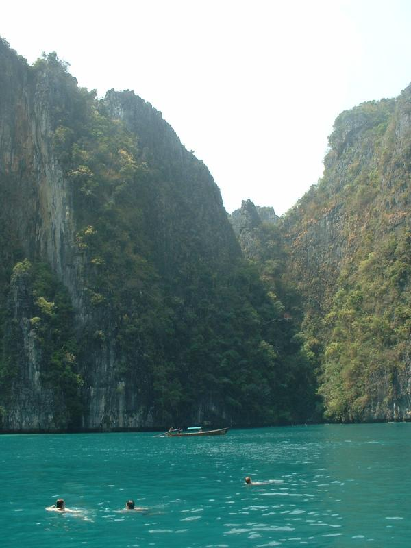 Ph phi islands