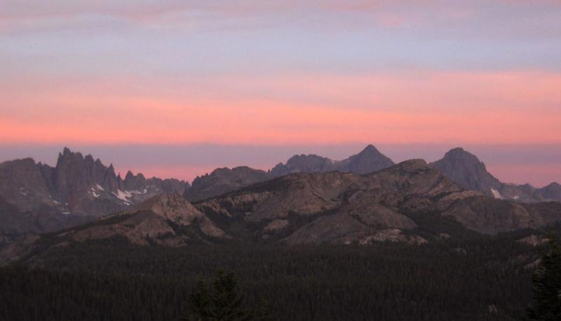 Minaret Summit Sunrise 6.22am