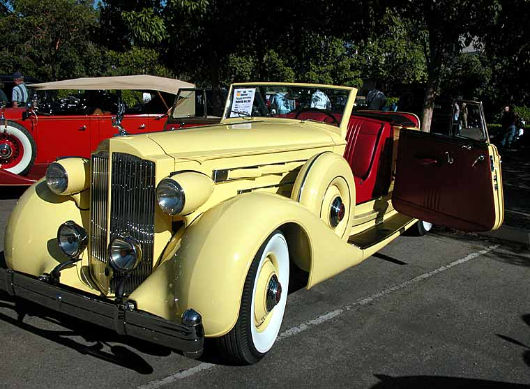 1935 model 1207 Convertable Coupe Roadster