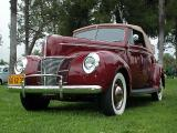 1940 Ford Deluxe convertible