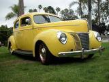 1940 Ford Deluxe 2 door