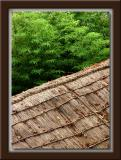 Thatched Roof w/Bamboo