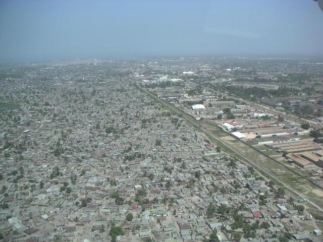 Dar es salaam from the air - Tin huts everywhere