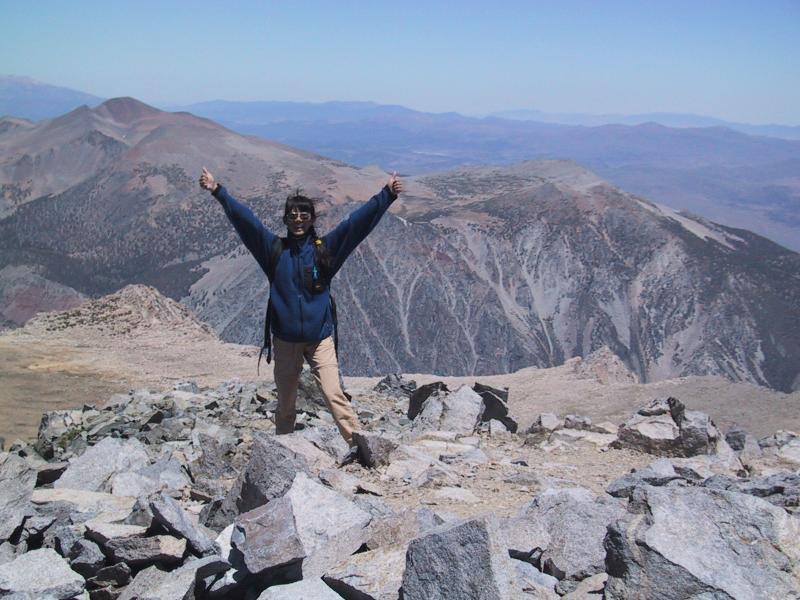 Mount Dana: Sandy summits Dana!
