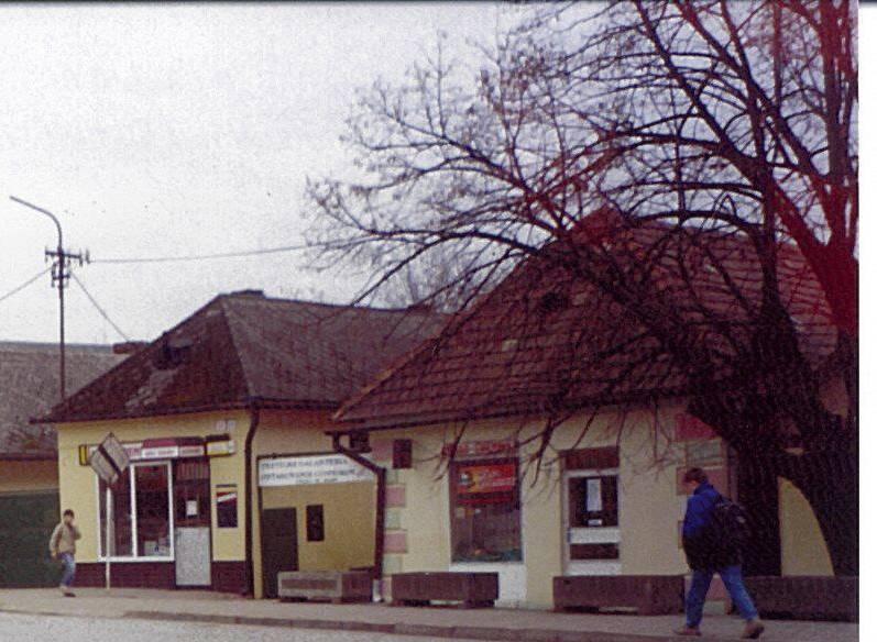 Lipany.2.towncenter4.close.jpg
