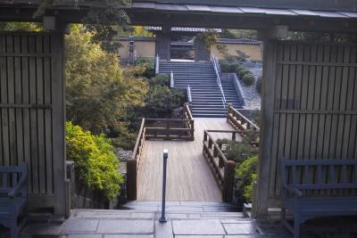 Zen garden entrancce F7 IMG03084.jpg