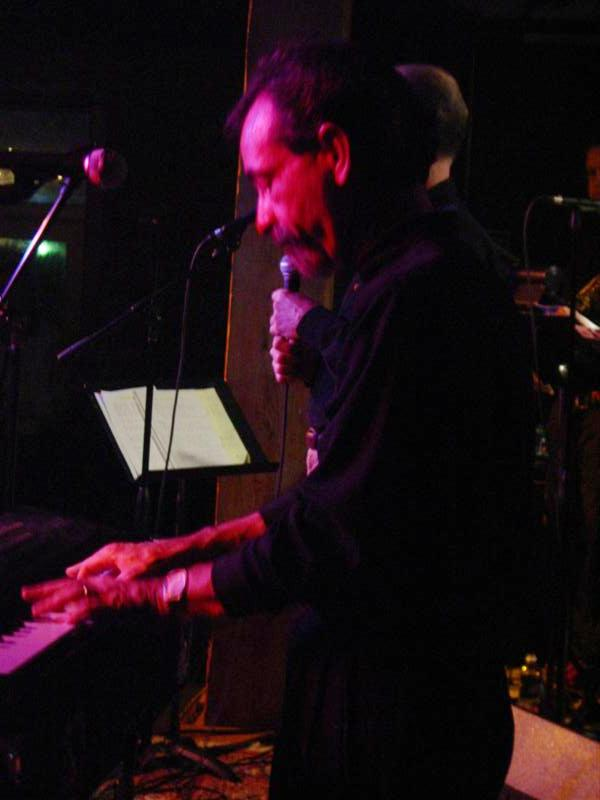 Moody Castleman-keyboards
