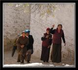 Visitors to Sera Monastery