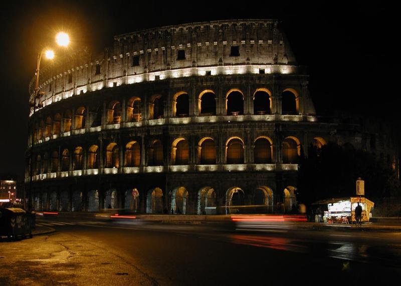 Colosseum-by-bight.jpg