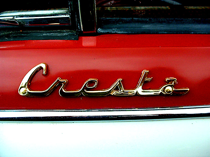 cresta badge