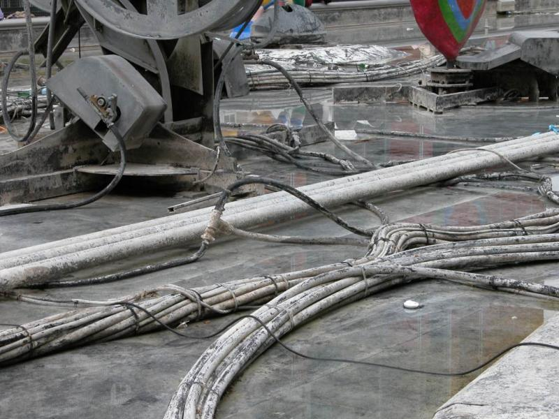 Fountain cabling