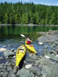 port hardy kayak- lunch stop at little hanson island