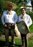 Dos Caballeros