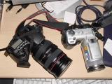 comparing size of F717 to Canon20D