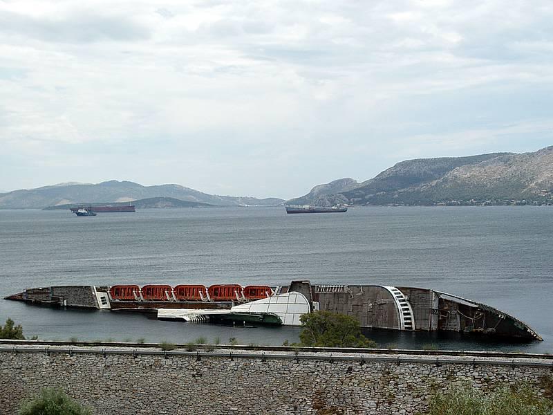 фото брошенных подводных лодок или