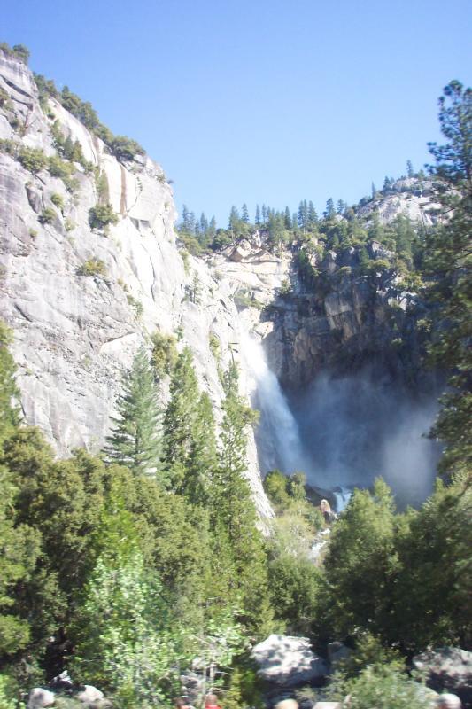 Lower Yosemite Falls 005.jpg