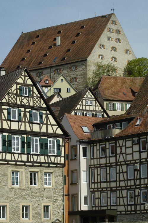 Oberes Haus heißt Neubau (500 Jahre alt)