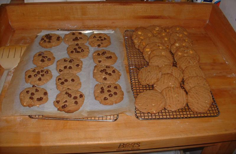 Peanut_Butter_Cookies.jpg