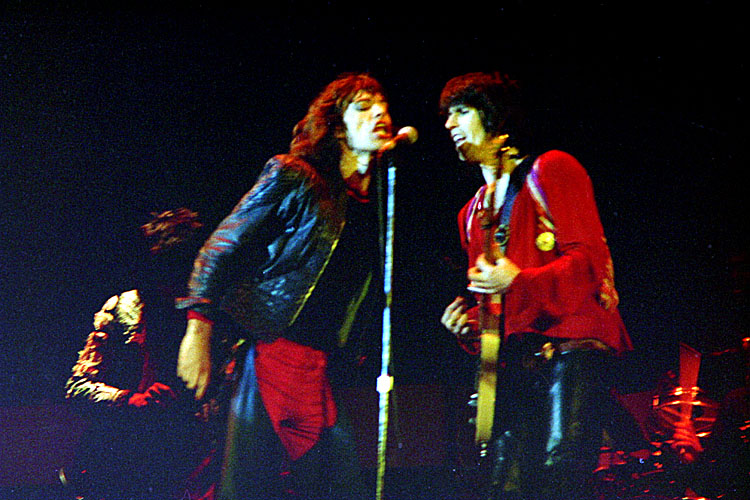Rolling Stones; Mick Jagger, Keith Richards<br>1976/05/30<br>fa0069-51.jpg