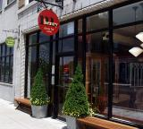 M Henry Bakery & Cafe