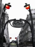 2004-10-31: Guimard métro station
