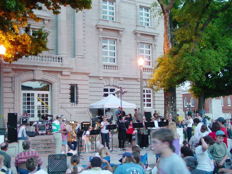Jo-el Sonnier on the square in Columbia, Tennessee