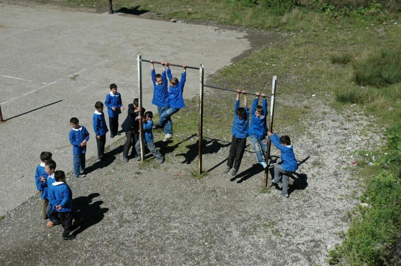 Akkus at school