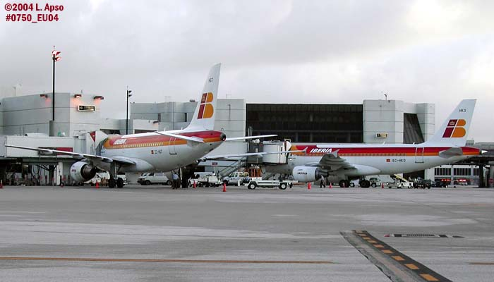 iberia a319 111 s ec hgt and ec hko before leaving mia for the last time aviation photo 0750 photo sunbird photos by don boyd photos at pbase com iberia a319 111 s ec hgt and ec hko